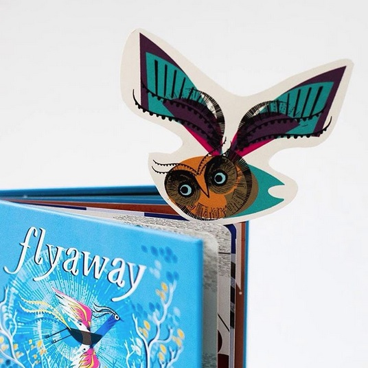 Red Cap Cards artist, Lesley Barnes's second interactive children's book, Flyaway